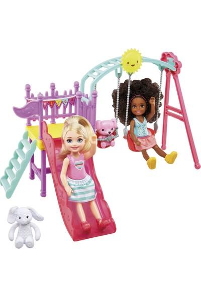 Barbie Chelsea Ve Arkadaşı Oyun Parkında Oyun Seti FTF93