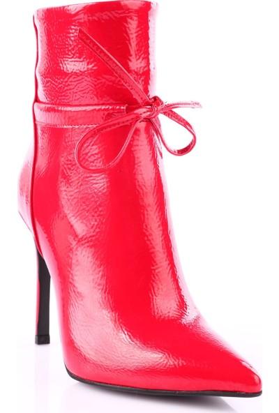 Dgn 4191 Kadın Sivri Burun İnce Topuklu Bilek Üstü Bot Kırmızı Rugan