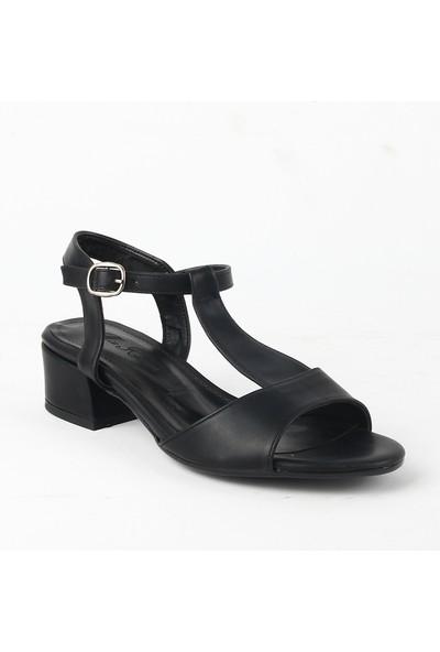 Karmen 321 Bayan Topuklu Ayakkabı Siyah