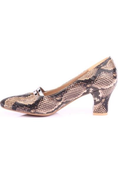 Dgn 601 Kadın Sivri Burun Topuklu Ayakkabı Vizon Yılan