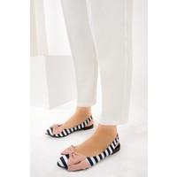 Fox Shoes LacivertBeyazPudra Kadın Babet D726774404