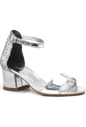 8f35abd760ef6 Sarıkaya Gümüş Aynalı Simli Kalın Topuklu Kız Çocuk Abiye Ayakkabı ...