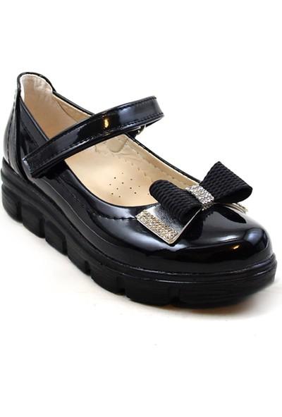 Varkan Tokalı Çocuk Kız Ayakkabı