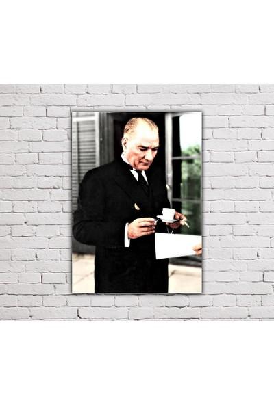 Decobritish Atatürk Renkli Kanvas Tablo