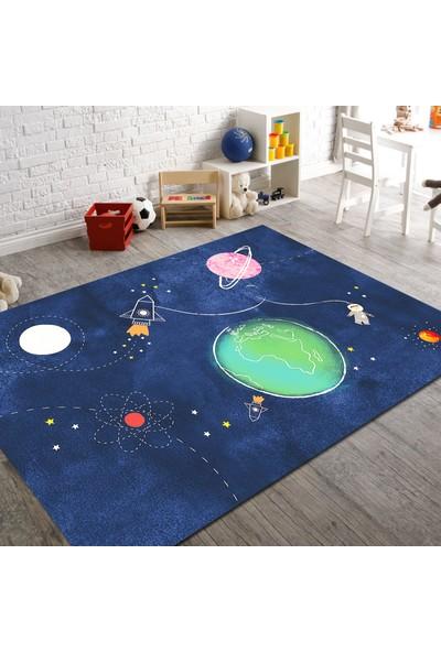 Veronya Uzay Desenli Kaymaz Taban Çocuk Odası Halısı 60x100 cm