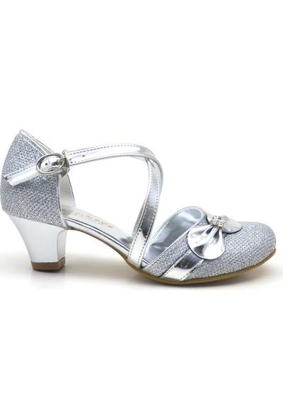 Sarıkaya Taşlı Fiyonklu Gümüş Topuklu Kız Çocuk Abiye Ayakkabı