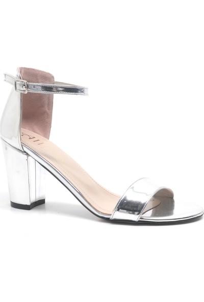 Allina Gümüş Aynalı Tek Bant Kalın Yüksek Topuk Kadın Ayakkabı