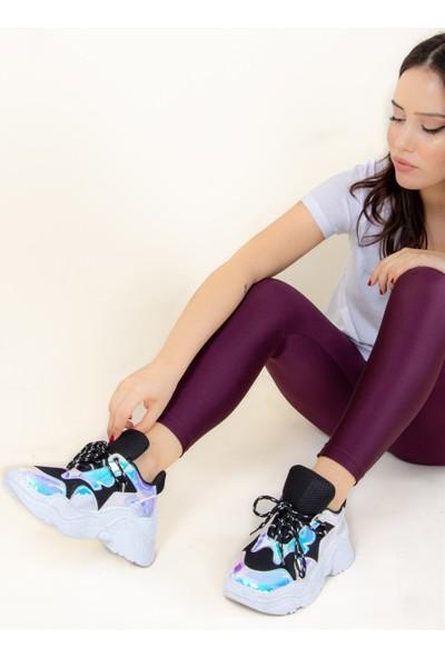Fox Shoes SiyahBeyaz Kadın Sneakers F425773449