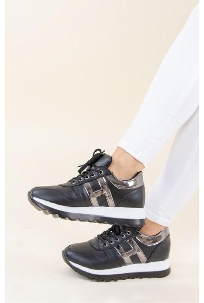 Fox Shoes SiyahPlatin Kadın Sneakers F674018309