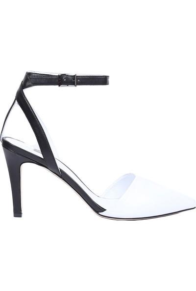 Butigma Siyah Beyaz Deri Bilekten Bağlamalı Sivri Burun Topuklu Sandalet - Kadın