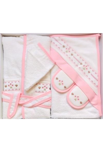 Bebelinna Kız Bebek Kanaviçe Nakışlı Bornoz Takımı