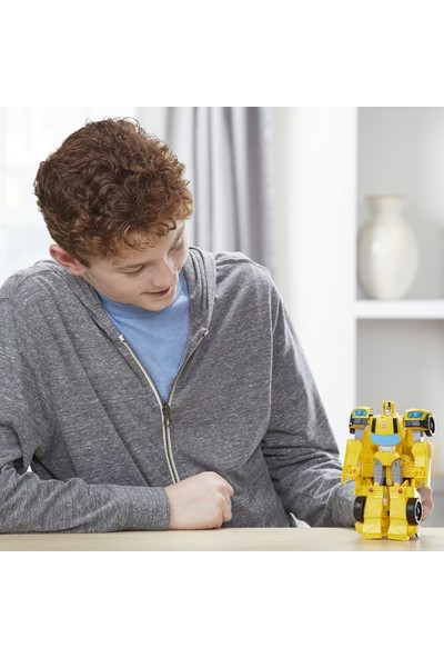 Transformers Cyberverse Büyük Figür - Bumblebee