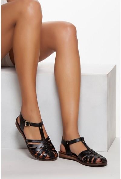 Tarçın Hakiki Deri Siyah Kadın Sandalet Ayakkabı TRC70-0067