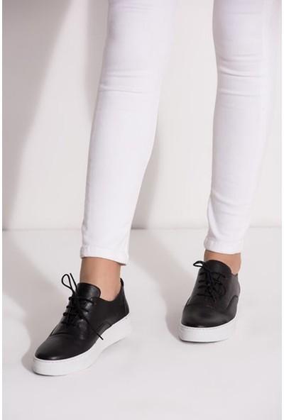 Tarçın Hakiki Deri Siyah Günlük Kadın Spor Ayakkabı TRC-Vns M01