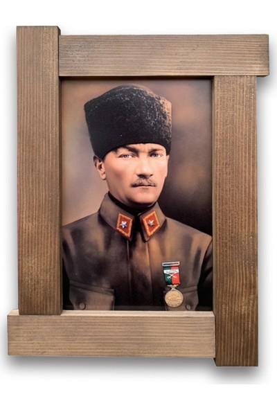 Halk Kitabevi Ahşap Atatürk Tablo 34 x 45 cm