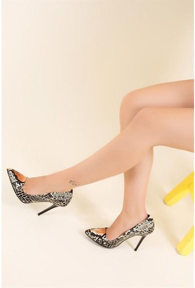 Fox Shoes Siyah Turuncu Kadın Topuklu Ayakkabı F922151907