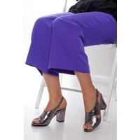 Tarçın Hakiki Deri Klasik Platin Günlük Kadın Topuklu Ayakkabı Trc71-0100