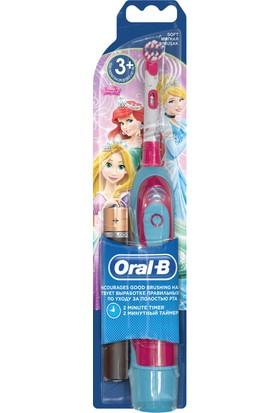 Oral-B Stages Cocuklar İcin Prenses Temalı Pilli Diş Fırcası