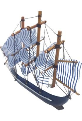 Nazar Antalya Ahşap Yelkenli Gemi El Yapımı