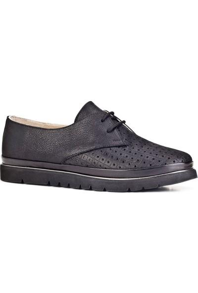 Cabani Lazer Detaylı Bağcıklı Günlük Kadın Ayakkabı Siyah Deri