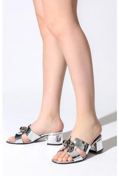 Rovigo Plus Kadın Gümüş Terlik