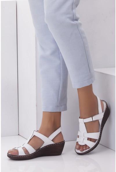 Tarçın Hakiki Deri Beyaz Günlük Kadın Dolgu Sandalet Ayakkabı Trc67-0241