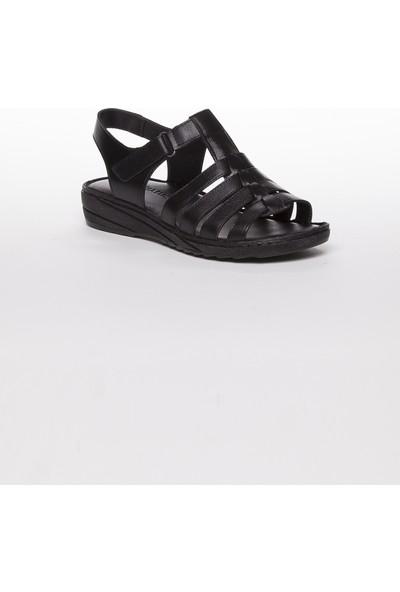 Tarçın Hakiki Deri Siyah Günlük Kadın Sandalet Ayakkabı Trc67-0246