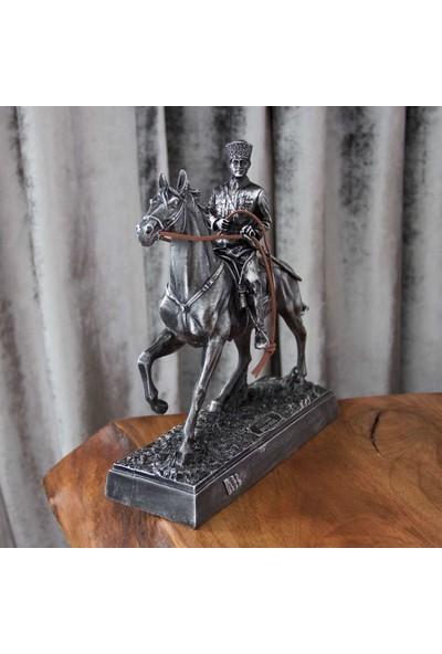 Hediye Biziz Atatürk Biblo Figür Porselen Heykel Siyah Gümüş