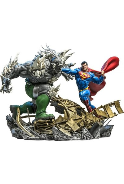 Iron Studios Superman Vs Doomsday Battle Diorama
