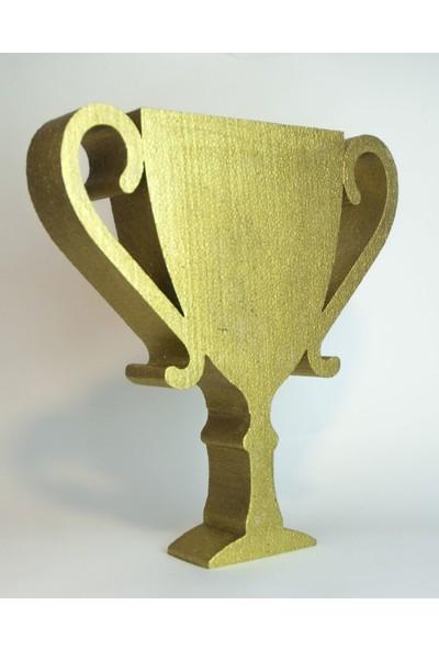 Strafor Sepeti - 30 cm x 30 cm x 5 cm derinliğinde Strafor Altın Yaldızlı Kupa, Strafor Logo, Strafor Yazı, Maket