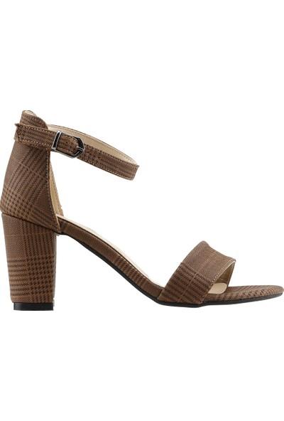 Ayakland Bsm 62 Günlük 7 Cm Topuk Kadın Ekose Cilt Sandalet Ayakkabı Taba