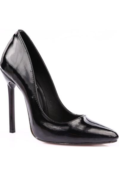 Dgn 3066 Kadın Sivri Burun Parmak Dekolteli Çivi Topuklu Stiletto Siyah