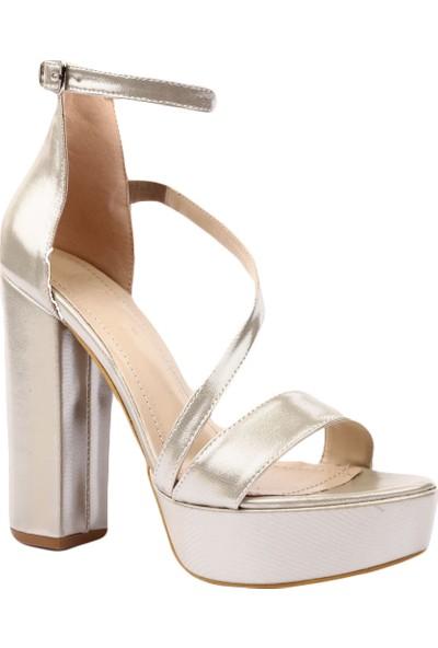 Beety 6353 Kadın Bilekten Bağlı Asimetrik Kesimli Platform Taban Lita Topuklu Abiye Ayakkabı Altın