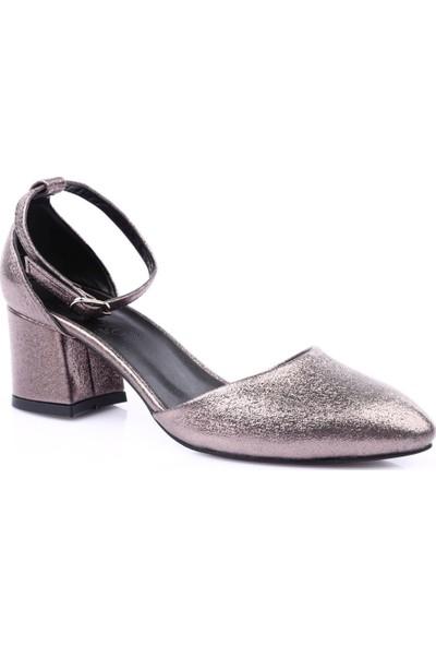 Beety 670 Kadın Sivri Burun Parmak Dekolteli Bilekten Bağlı Topuklu Ayakkabı Platin