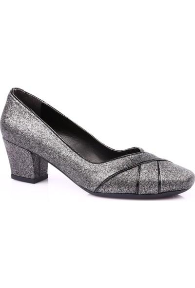 Beety 8612 Kadın Küt Burun Topuklu Ayakkabı Platin