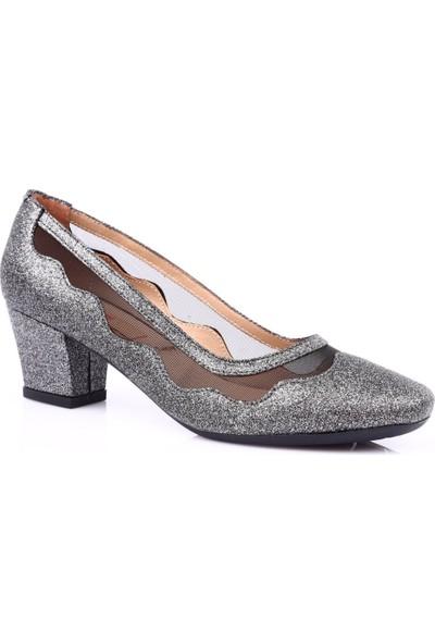 Dgn K8637 Kadın Küt Burun Transparan Kısa Topuklu Ayakkabı Platin