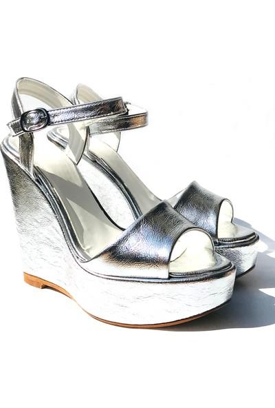 Sothe TB-007 Gümüş Parlak Bayan Dolgu Topuklu Ayakkabı