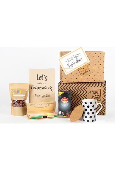Hepi Kutu Yeni İş Hediye Kutusu - Çaylı - Lacivert Puantiyeli