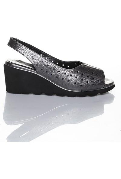 Efem 210 Kadın Deri Ayakkabı
