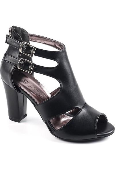 Föz Siyah Kemerli Kadın Topuklu Ayakkabı