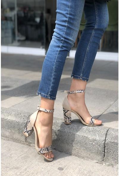 Pembe Potin Bej Yılan Kadın Topuklu Ayakkabı