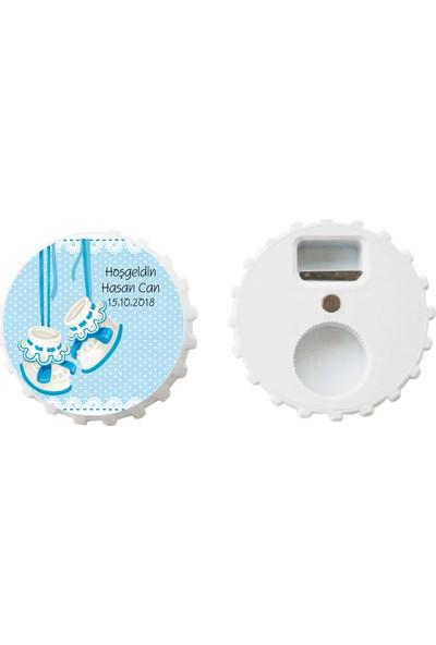 Öztek 25 Adet Kişiye Özel Kapak Şeklinde 77 mm Çapında Magnetli Açacak Mavi Patikli Bebek Hediyeliği
