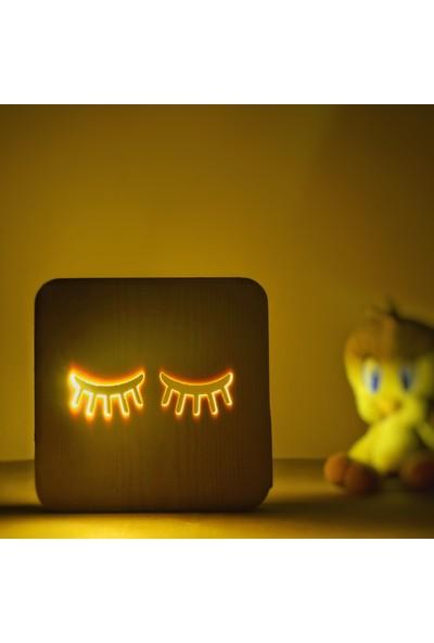 Starmood 3D 3 Boyutlu Ahşap Kirpik Kız Odası Led Masa Üstü Gece Lambası