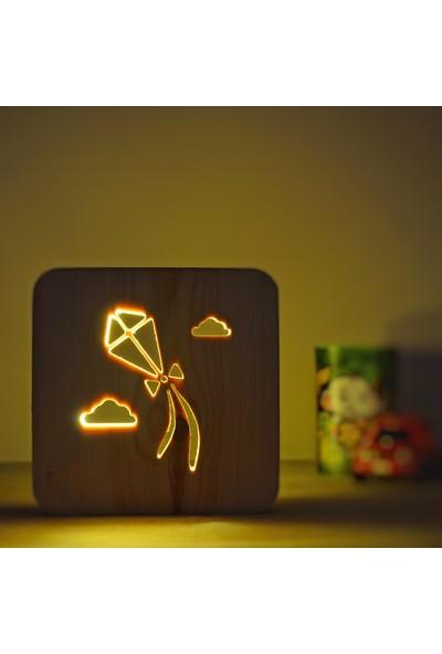 Starmood 3D 3 Boyutlu Ahşap Uçurtma Led Masa Üstü Gece Lambası