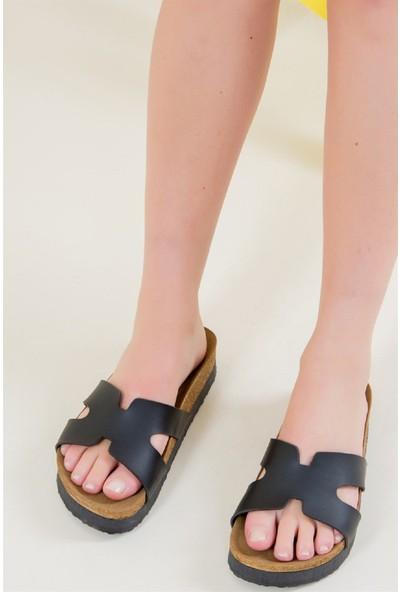 Fox Shoes Siyah Kadın Terlik F777771509