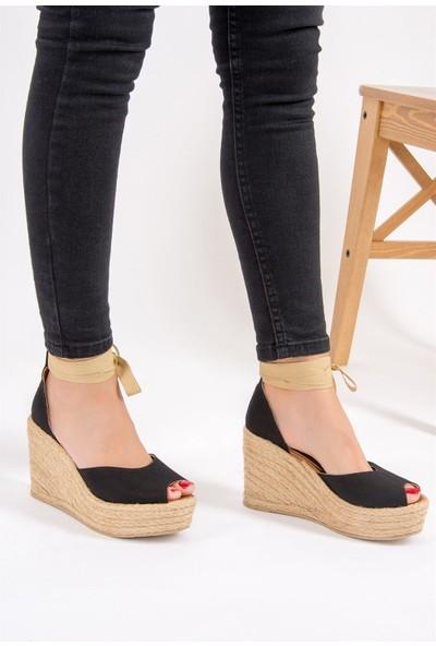 Fox Shoes Siyah Kadın Dolgu Topuklu Ayakkabı F432900705