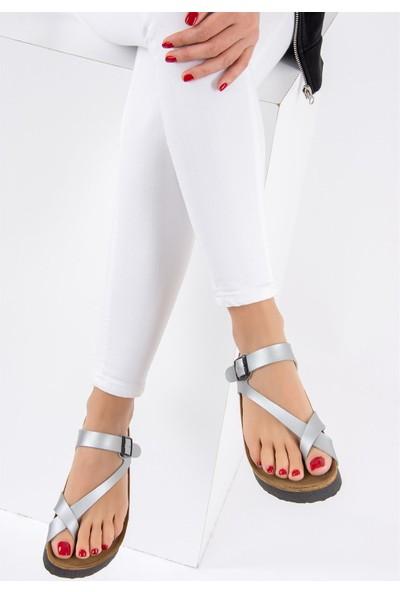 Fox Shoes Gümüş Kadın Terlik B777753009