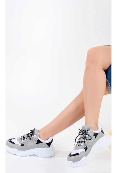 Fox Shoes Gri Beyaz Kadın Sneakers F288903309