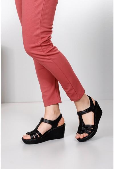 Gön Deri Kadın Sandalet 45155