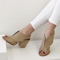 Mio Gusto Queen Bej Topuklu Ayakkabı